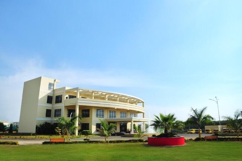 Springfieldworld Banner in Boarding School Of India